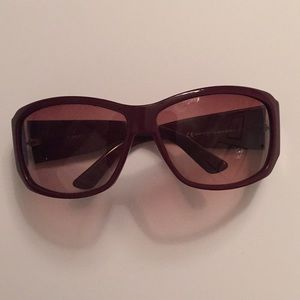 Gucci sumglasses - dark raspberry pink